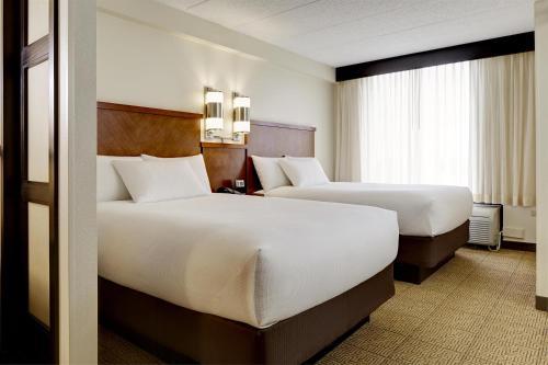 3 starts hotel in Dallas