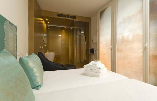 Twin Courtyard Room Hotel Viento10 5