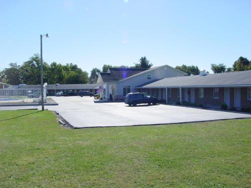Monticello Inn - Monticello, Indiana