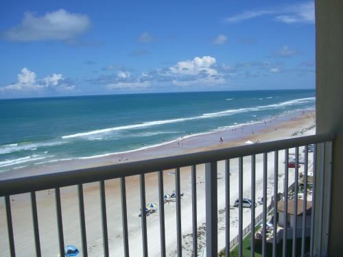 Emerald Shores Hotel - Daytona Beach FL, 32118