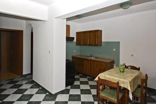 Apartament d'Una Habitació (One-Bedroom Apartment)