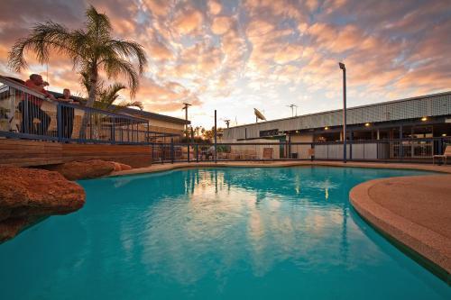 Potshot Hotel Resort