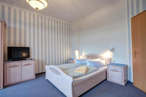Hotel Villa Seeschlößchen photo 13