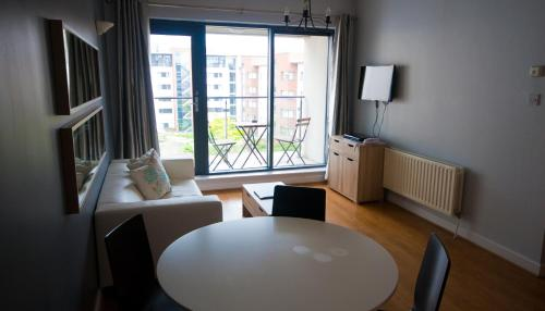 Hotel Docklands Apartments Dublin City By Thekeycollection