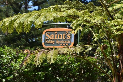 Saints Holiday Apartments, Burnt Pine