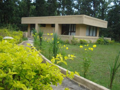 Отель STARiHOTELS Mukki Gate 3 звезды Индия