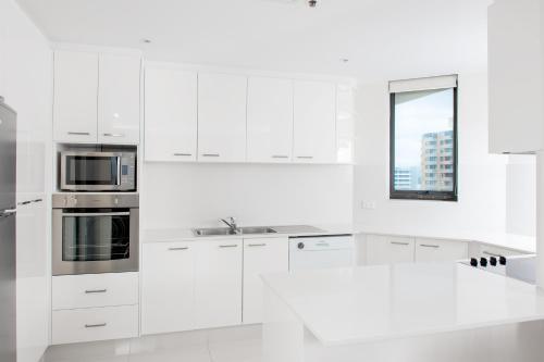 Property Image#14 Paradise Centre Apartments