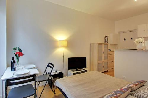 One-Bedroom Apartment - 109116 - Rue Richer