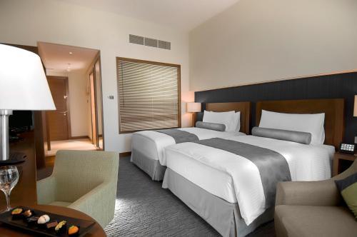 Grand Millennium Al Wahda Hotel Apartment photo 12