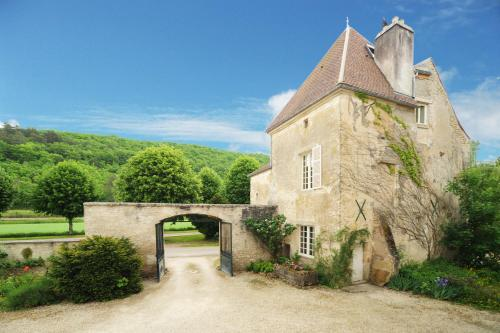 Chateau De Sermizelles