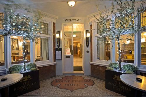 Royal Wells Hotel - 10 of 33