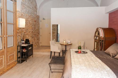 Deluxe Double or Twin Room Hotel-Spa Classic Begur 8