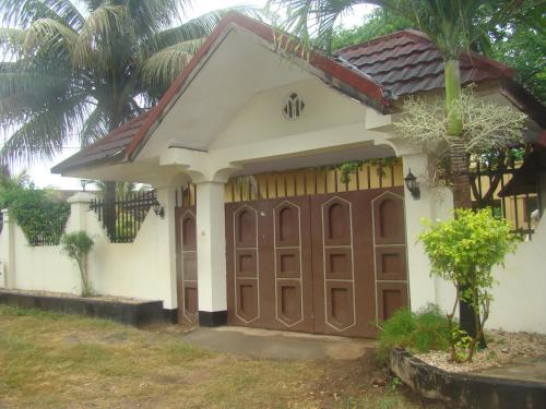 Villa Near Airport For you