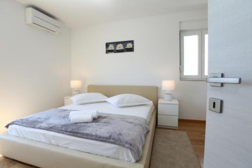 Apartment Parlov 1