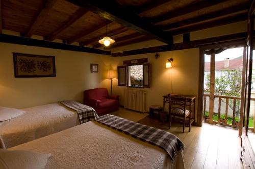 Habitación Doble - 1 o 2 camas Posada Real El Prado Mayor 4