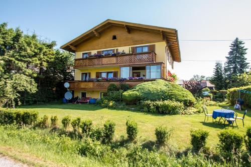 Haus Steiner - Apartment mit 1 Schlafzimmer und Balkon