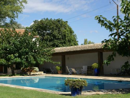 Holiday home Domaine De Chaberton Maison Les Tamaris
