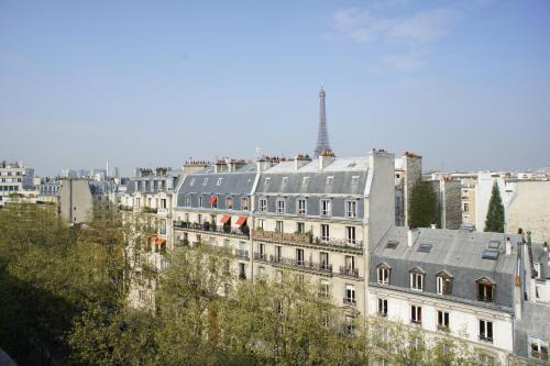 Artist Studio View Eiffel Tower