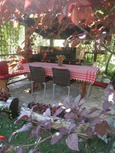 Boracko Lake Country House