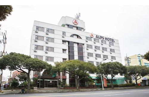 Alps Hotel