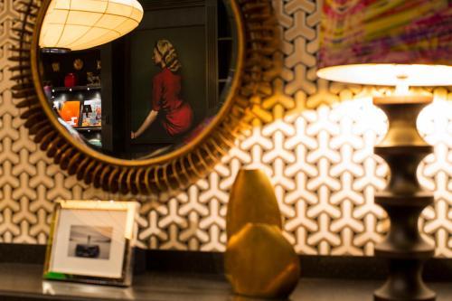 The George Hamburg photo 39