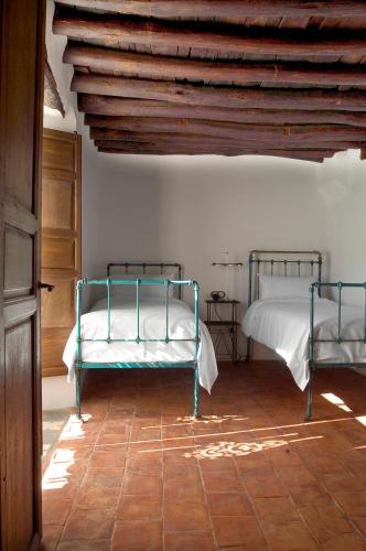 Suite Familiar (2 adultos + 2 niños) Hotel Cortijo del Marqués 5