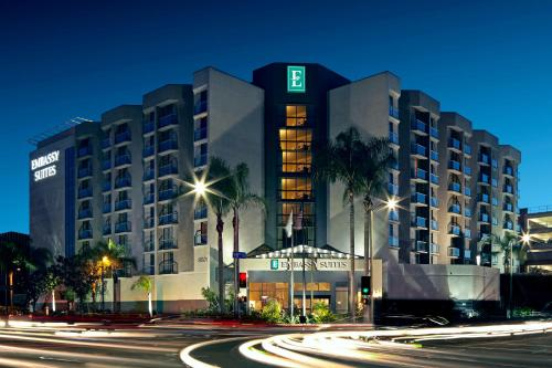Emby Suites Hotel Los Angeles International Airport North