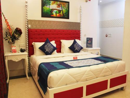 OYO Rooms Near Banke Bihari Temple