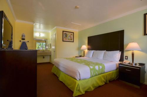 Picture of Econo Lodge Morro Bay