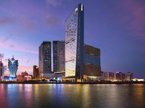 Отель Mandarin Oriental Macau