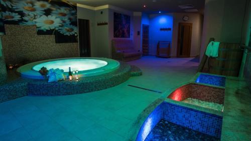 Отель Sojka Resort - Hotel & Drevenice 3 звезды Словакия