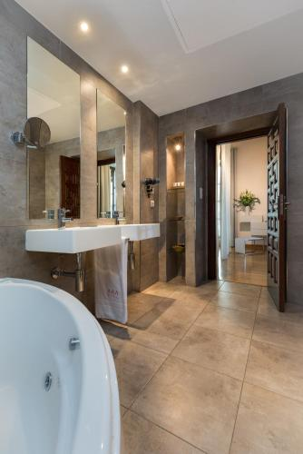 Habitación Doble con bañera de hidromasaje Gar Anat Hotel Boutique 4