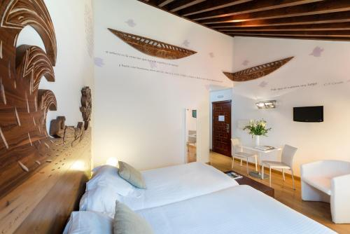 Double Room upper floor Gar Anat Hotel Boutique 8