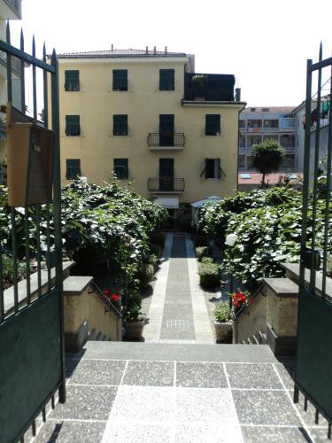 Отель Hotel Alba 3 звезды Италия