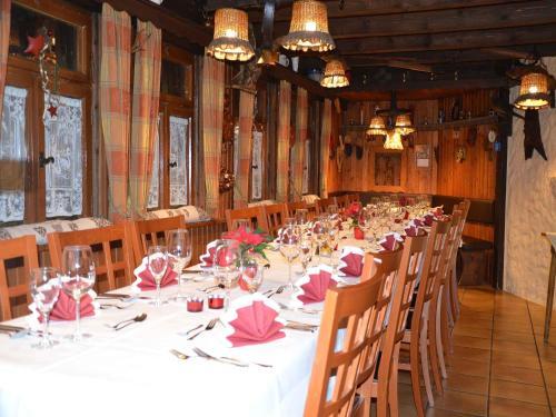 Hotel Restaurant Schutzen Bad Peterstal
