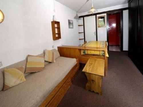Rental Apartment M�l�zes iii - Serre Chevaller