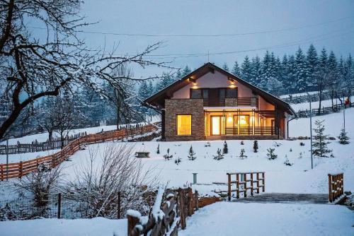 casa de la munte r servez en ligne bed breakfast europe. Black Bedroom Furniture Sets. Home Design Ideas