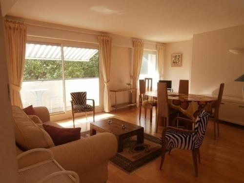 Rental Apartment La poste - Biarritz