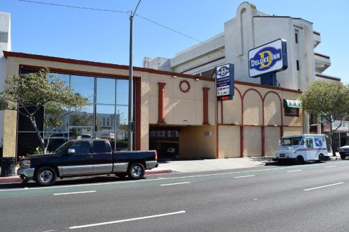 Deluxe Inn Hawthorne/ LAX CA, 90250