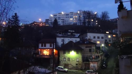 Saraj Apartment Cobanija
