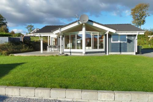 Rønde Holiday Home 604