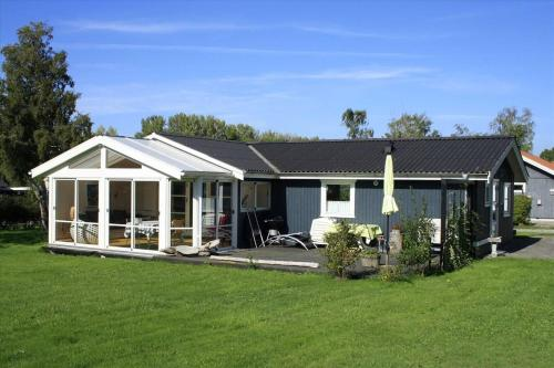 Stubbekøbing Holiday Home 695