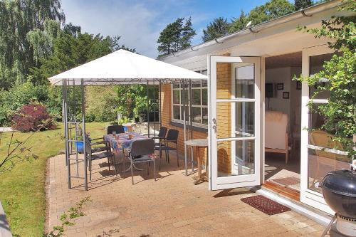 Vejby Holiday Home 726