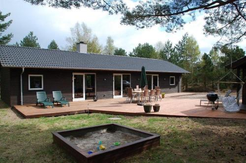 L�s� Holiday Home 536