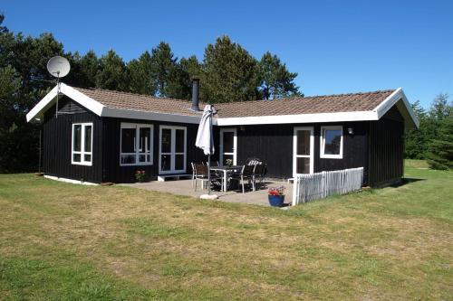 Frederikshavn Holiday Home 470
