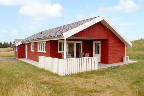 Hirtshals Holiday Home 24