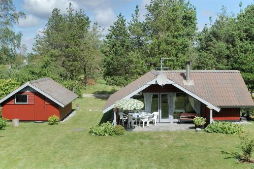 Ulfborg Holiday Home 365