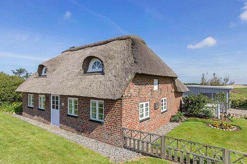 Ringk�bing Holiday Home 373