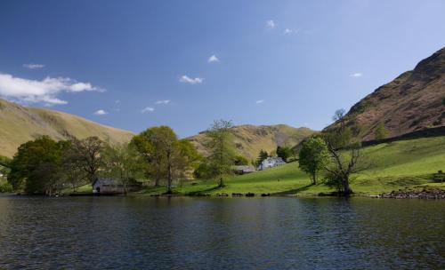 Waternook Lakeside Accommodation