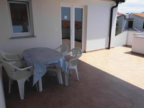 Apartments Mara Mandre